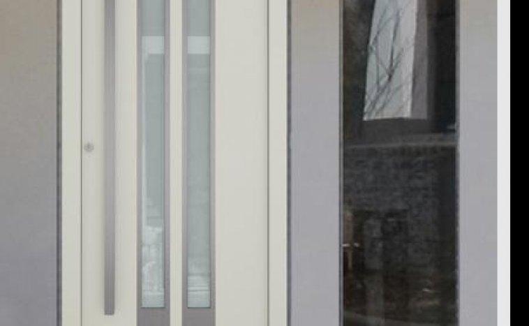 Drzwi zewnętrzne białe 4