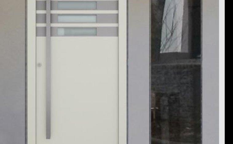 Drzwi zewnętrzne białe 6