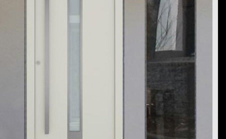 Drzwi zewnętrzne białe 9